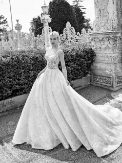 Wedding dress 7830