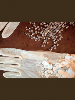 Short wedding gloves 025